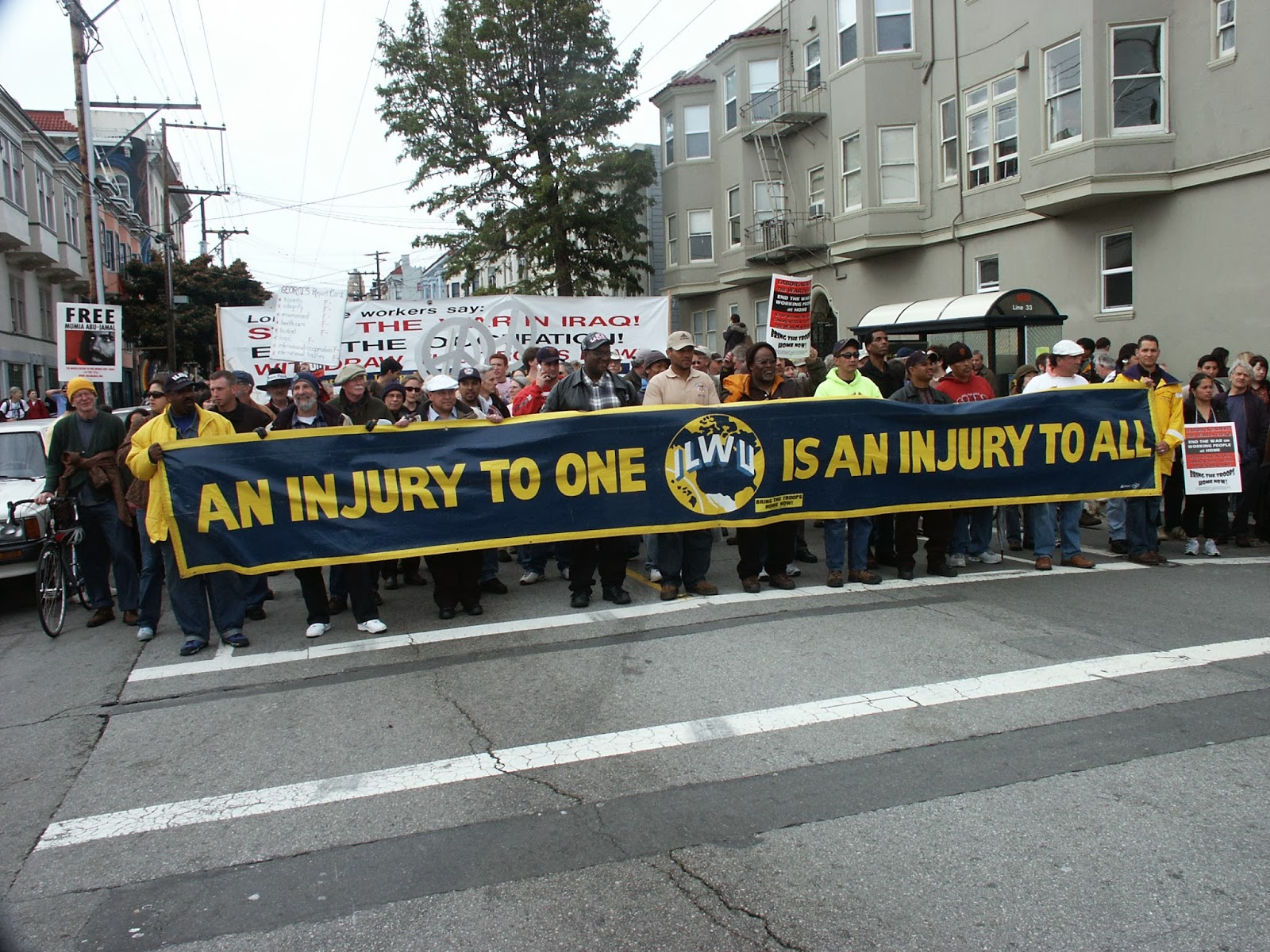 ILWU MEMBERS MARCH IN PEACE RALLY 2003