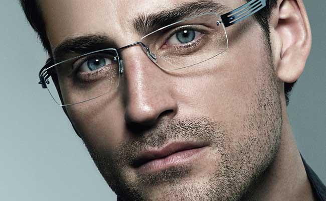 2888acaf39eca O óculos de grau é usado por muitas pessoas e diariamente há mais que precisam  usar esse acessório para melhorar sua vista.