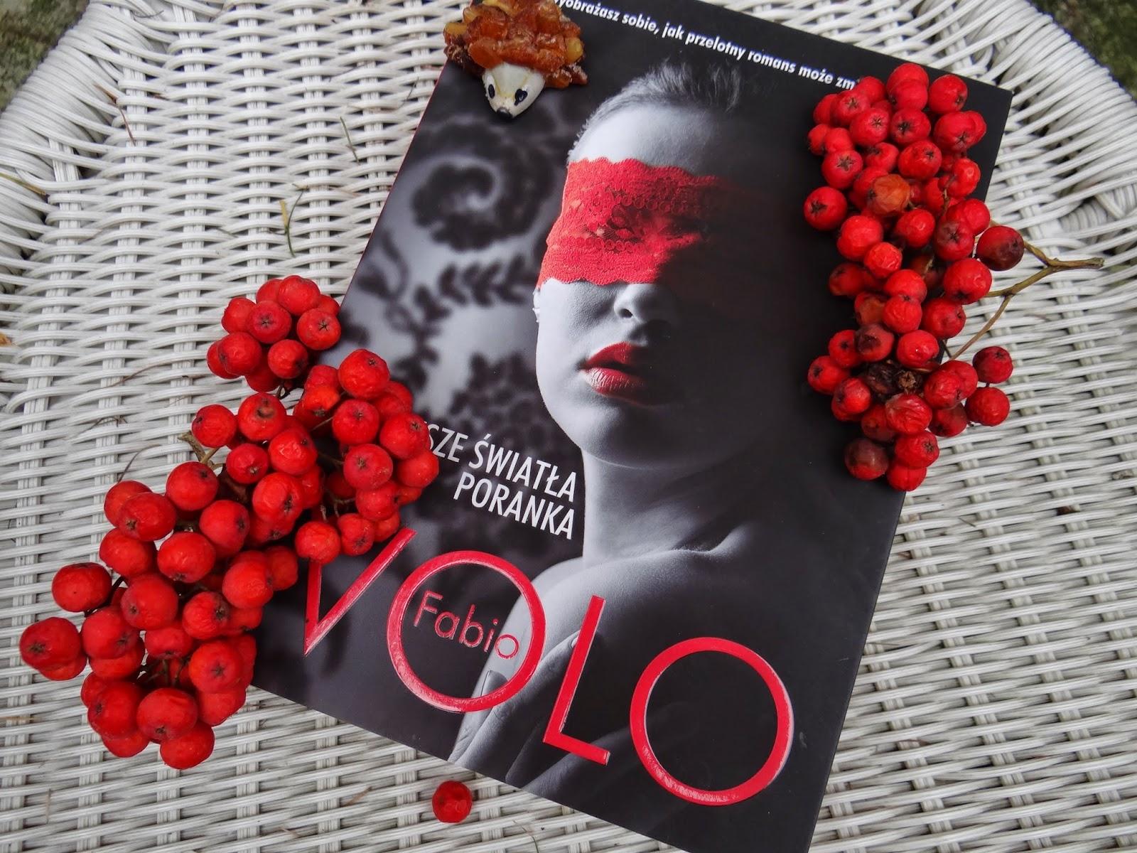 """Fabio Volo """"Pierwsze światła poranka"""" recenzja książki"""