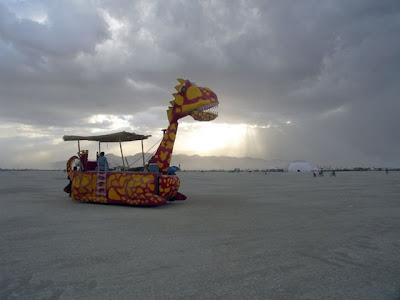 Funny Giraffe Car