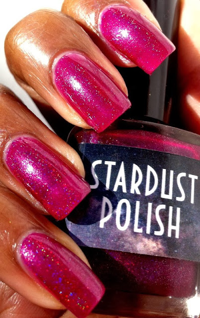 Lacquer Lockdown - Stardust Polish, Stardust Polish Sweet Pea, raspberry holographic nail polish, holographic berry polish, burgundy holographic polish, cute polish, indie polish, hologprahic polish, cute nails, easy nail art