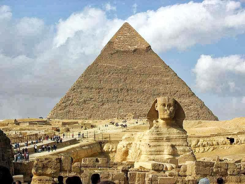 Piramida dan Great Sphinx di Giza