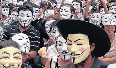 Biểu tình mặt nạ trắng – mặt nạ đỏ ở Bangkok
