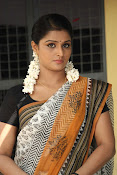 Ramya Nambeesan latest photos-thumbnail-15