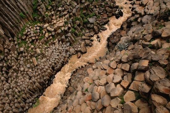 Basaltic-Prisms-Santa-Maria-Regla-Mexico
