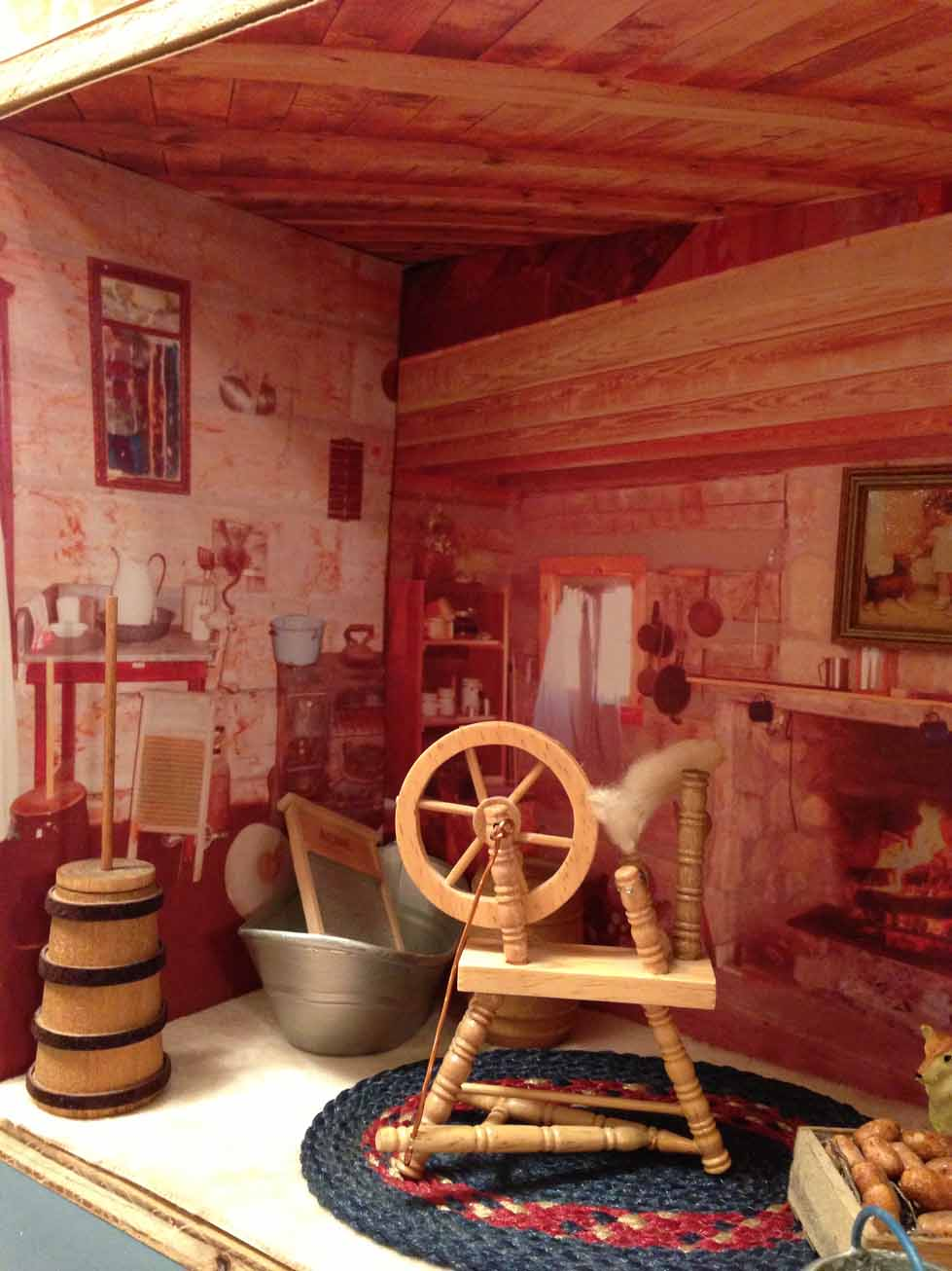 Dollhouse decorating for Accessory house
