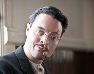 Richard Harrow máscara