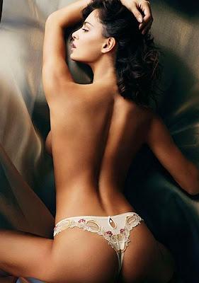 Models Catrinel Menghia Bikini