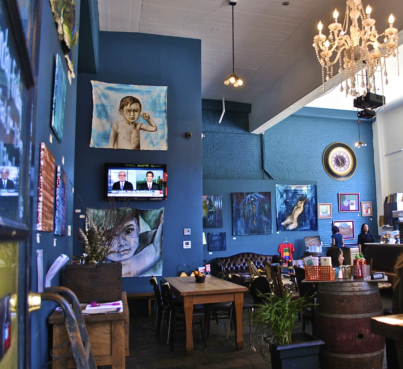 Art Places In San Francisco: Places I've Eaten: 144 KING ART CAFE...ODD ART BUT GOOD FOOD