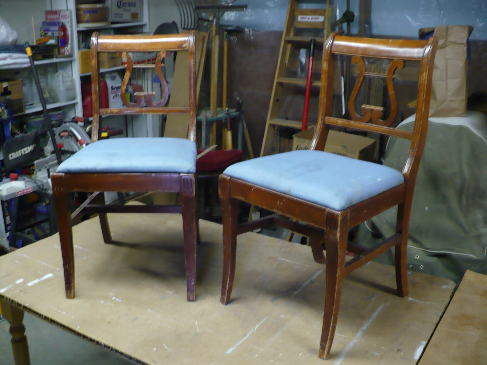 Antique duncan phyfe chairs - Pair Of Duncan Phyfe Style Harp Back Chairs