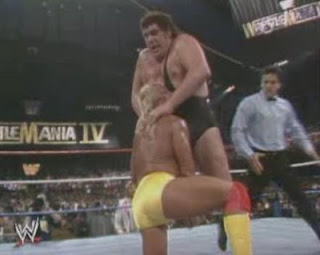 WWF / WWE WRESTLEMANIA 4: Andre The Giant battles Hulk Hogan in Wrestlemania's first rematch