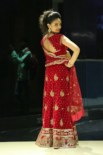 Actress Nikitha Narayan Latest  Pictures in Designer Dress at Fashionology Fashion Show 2013 0062.jpg