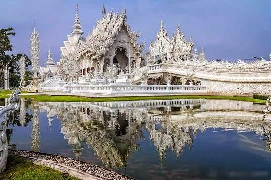 المعبد الأبيض..من أجمل الأبنية في العالم White-temple-thailand-Wat_Rong_Khun-river