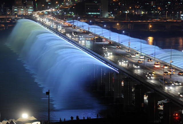 World Longest Bridge Fountain