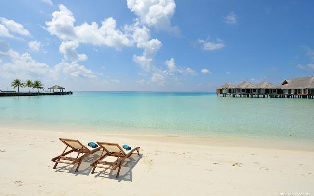 Seychelles Beaches -1024x640