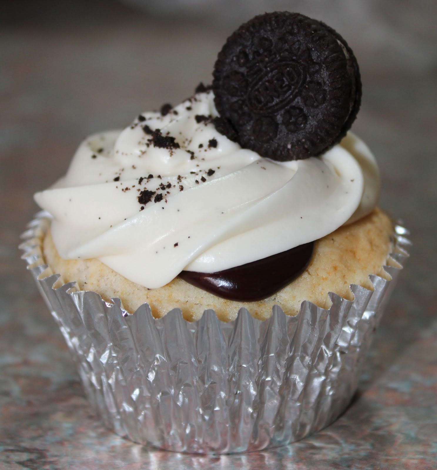 how to make oreo frosting for cupcakes