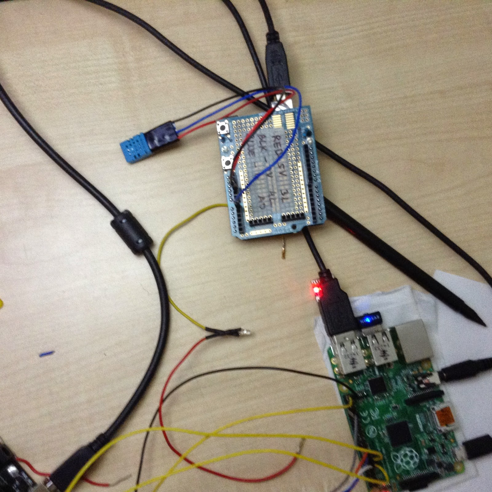 Jarvis Intellihome Iedprojects2015iiitd Reversing A Motor4 See 1 2 3 In 200 Transistor Circuits Using The Second Arduino Mcu Uno Along With Raspberry Pi For Sending Temperature And Humidity Data Over Serial