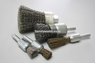 end brushes, wire brushes, stem mounted brushes