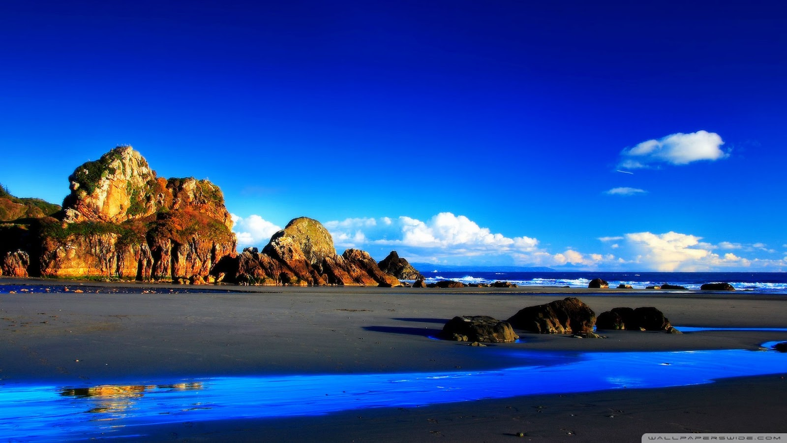 Beautiful Beach Rocks HD Wallpaper