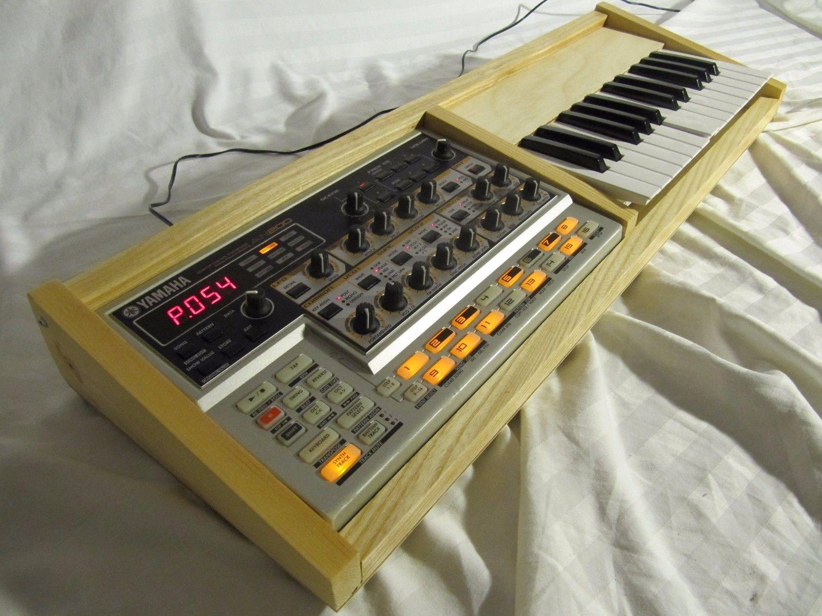 MATRIXSYNTH Yamaha AN200 Synthesizer In Custom Keyboard Case