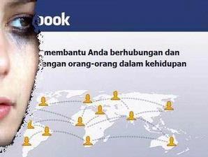 Di Balik Fenomena Facebook
