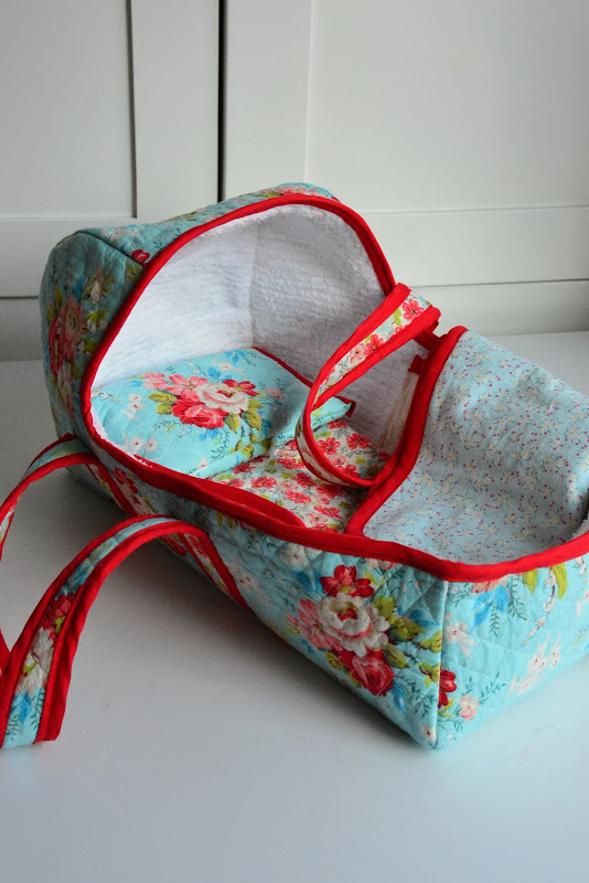 Aesthetic Nest: Sewing: Baby Doll Baskets for the Waldorf Dolls