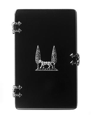 Jeanne Toussaint's cigarette case with 2D panther image, 1917. Photo © Cartier