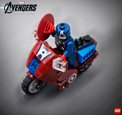 Marvel x LEGO The Avengers Movie - Captain America's Avenging Cycle Set