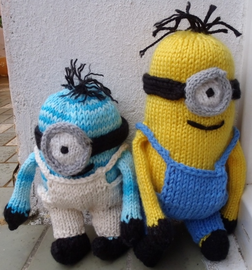 Ponchos Knitting Patterns : Stanas Critters Etc.: Minions everywhere......