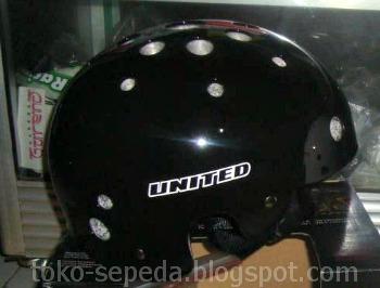 Helm Sepeda Model Batok | Aksesoris Sepeda