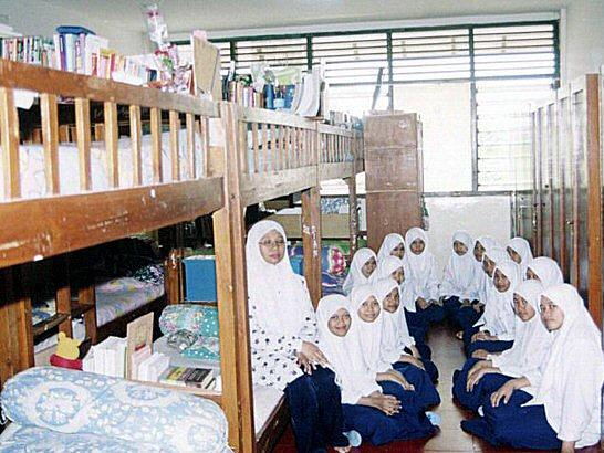 Suasana Kamar Santri Perempuan di Ponpes Al Hamidiyah