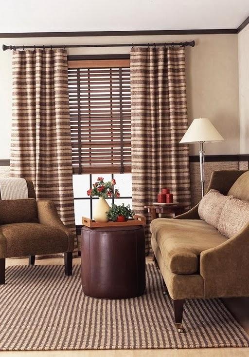 Muebles y accesorios decorativos en colores neutros como el crema
