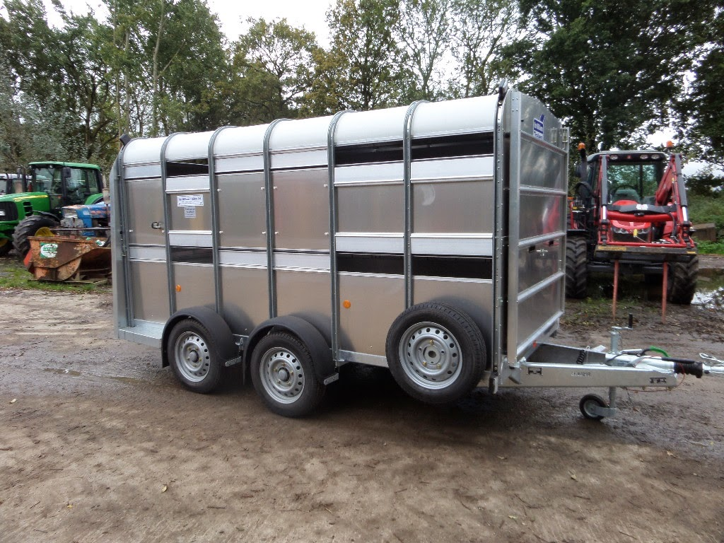 used tractors machinery and plant ifor williams 12ft livestock trailer. Black Bedroom Furniture Sets. Home Design Ideas