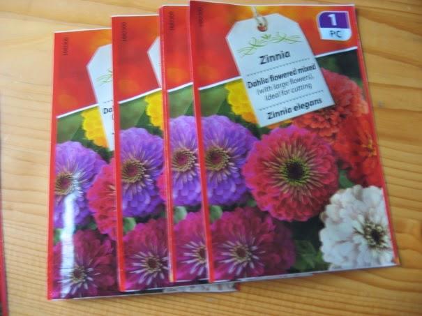 Bloemen op de seizoentafel Atelier de Vier Jaargetijden