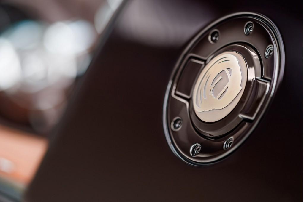 [Resim: Bugatti+Veyron+16.4+Grand+Sport+Venet+3.jpg]