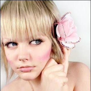 rubia linda