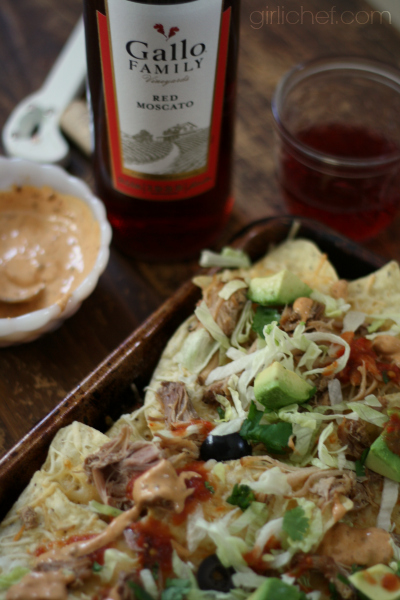 Game-Day Pulled Pork Nachos | www.girlichef.com