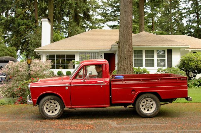 1964-Datsun-L320-Pickup.
