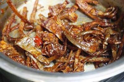 Vietnamese Food - Mực Khô Xào Me Chua