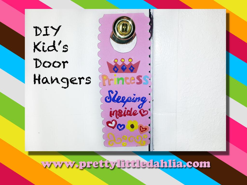 Kid\u0027s Door Hangers- DIY  sc 1 st  Pretty Little Dahlia & Pretty Little Dahlia: Kid\u0027s Door Hangers- DIY