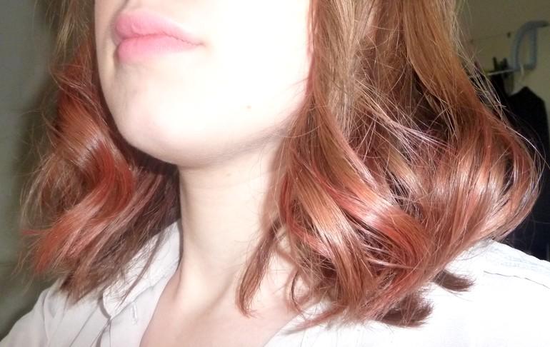 Couleur sur pointe de cheveux