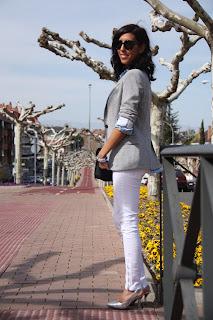 http://2.bp.blogspot.com/-vosMDbZXPHo/T2-fud6gdwI/AAAAAAAADdw/K3Ssg9nz7js/s1600/ohmyblog+sweat+blazer+chandalera+silver+shoes+zapatos+plateados+outfit+look+NAC+satchel+black+1.JPG