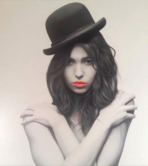Juan Carlos Manjarrez hyper-realistic paintings portraits black and white The girl in the black hat