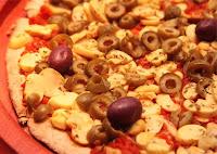Pizza de Champignon com Azeitonas (vegana)