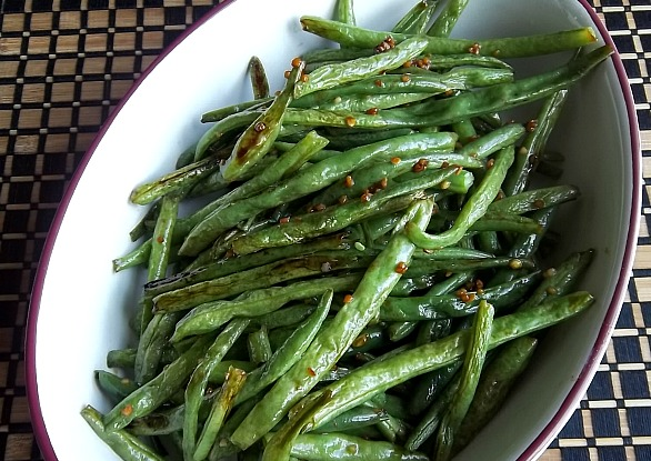 ... Homemaker: Roasted Sesame Ginger Green Beans: Your Recipe, My Kitchen