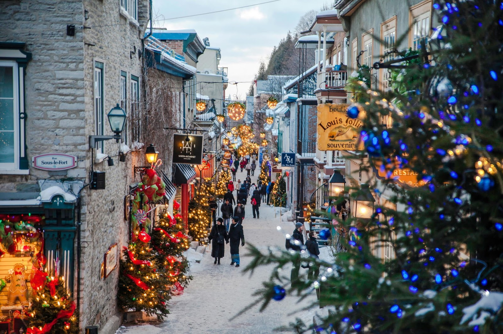 Let 39 s travel the world 10 of the most beautiful for Most beautiful christmas photos