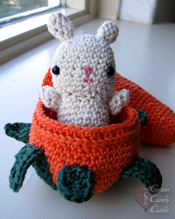 Amigurumi bunny in his carrot home