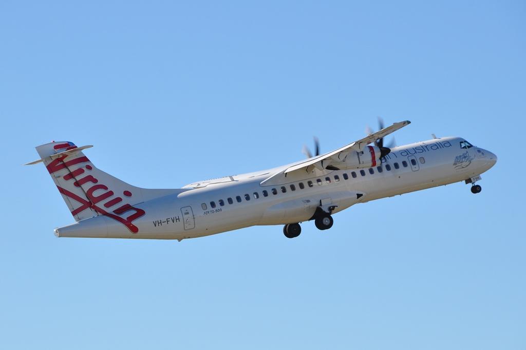 Moranbah Australia  city images : ... Australia Skywest Airlines ATR 72 500 VH FVH at Moranbah Airport