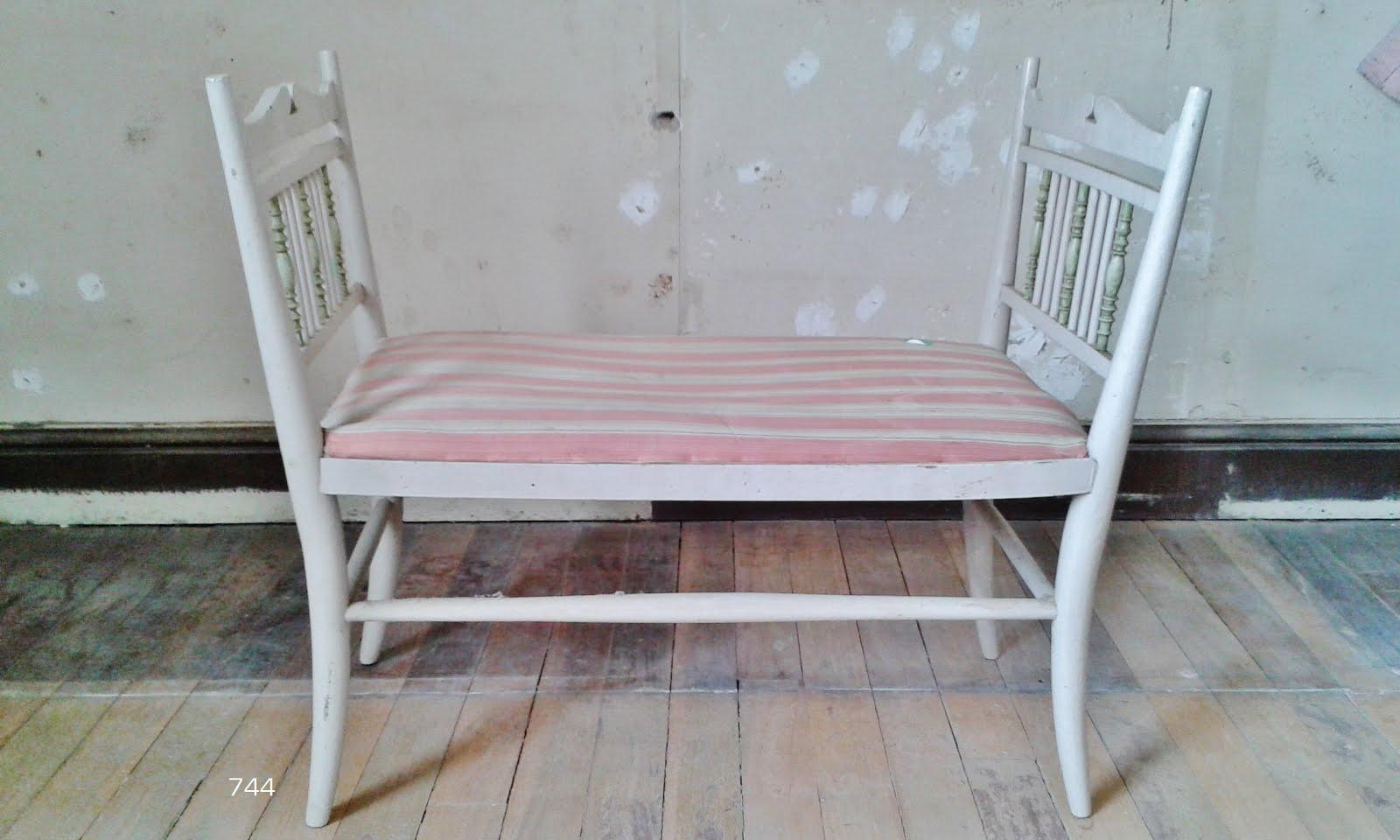 Sietecuatrocuatro escabel banquillo taburete asiento - Gaston y daniela outlet ...
