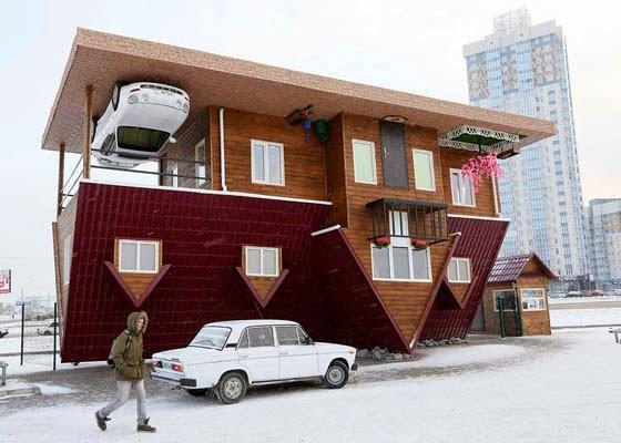 Rumah Terbalik di Rusia